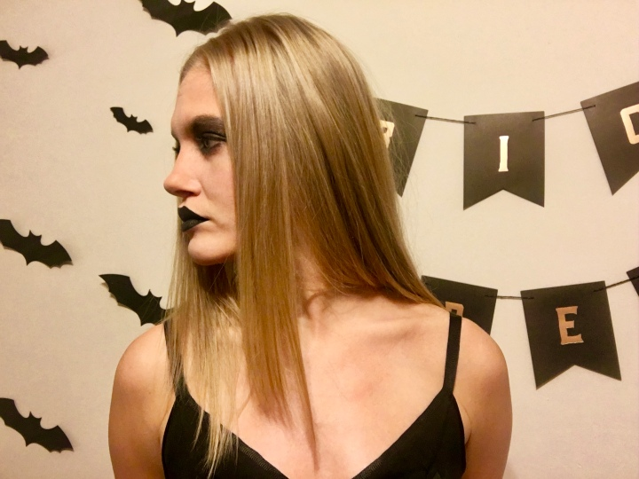 Halloween Makeup Look: The Modern Witch